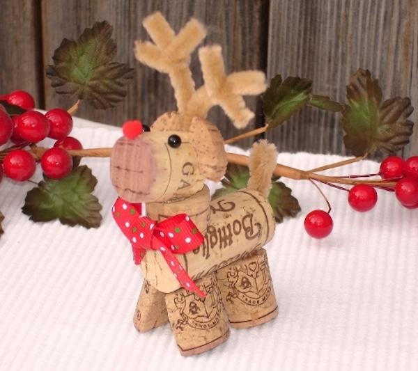 5 manualidades de navidad con tapones de corcho - Manualidades para navidades faciles ...