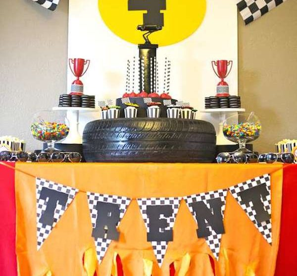 Fiestas infantiles de coches for Carrera de interiorismo y decoracion