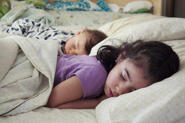 Qué hacer con un niño sonámbulo
