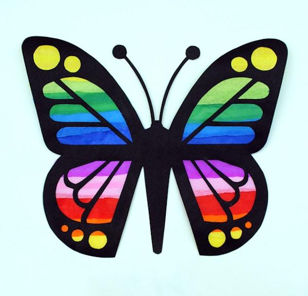 Manualidades con papel c mo hacer una vidriera pequeocio - Como hacer mariposas de papel para decorar paredes ...
