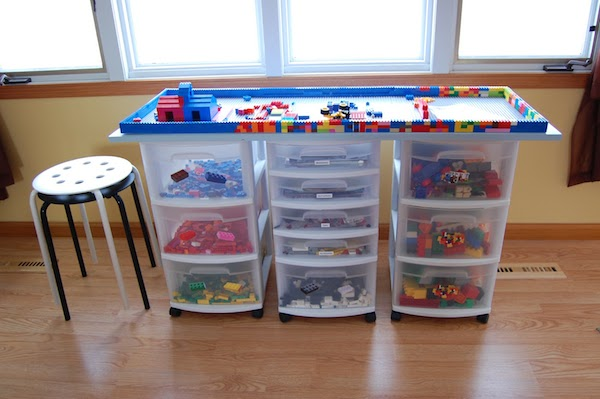 Habitaciones infantiles 5 ideas para guardar juguetes - Mueble para guardar juguetes ...