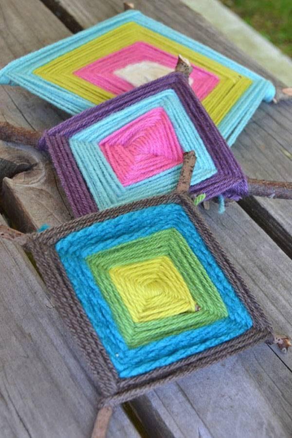 C mo hacer un ojo de dios con lana pequeocio - Manualidades con lanas de colores ...