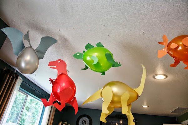 Decoraci n con globos para fiestas de dinosaurios pequeocio Ornamentacion con globos