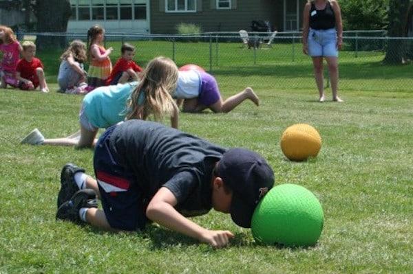 5 Juegos De Pelotas Para Niños Muy Divertidos Pequeocio