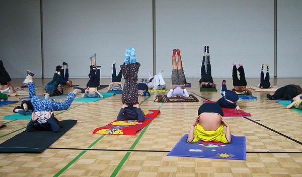 practica de yoga para niños