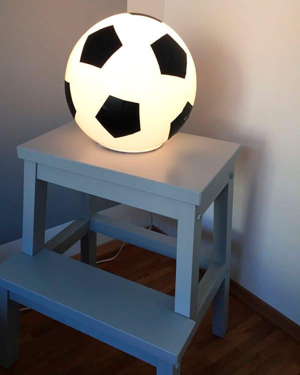 Ikea Hacks: Lámpara Fado balón de fútbol