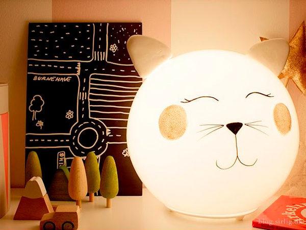 Ikea Hacks: Lámpara Fado gatito