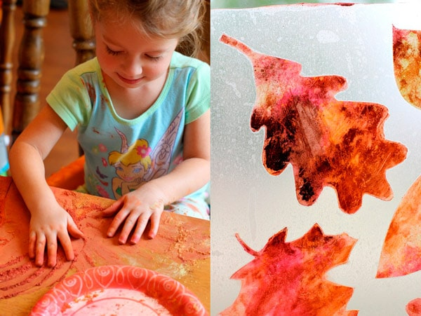 Manualidades infantiles de otoño: esténcil de hojas