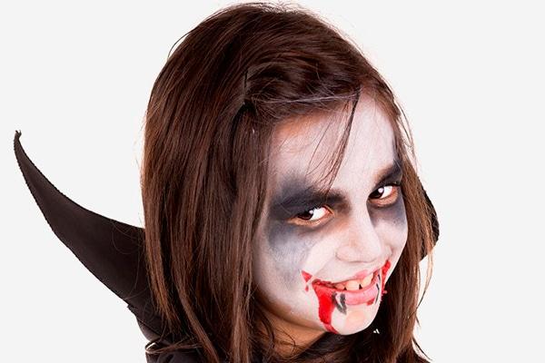29-maquillaje-Halloween-vampiresa