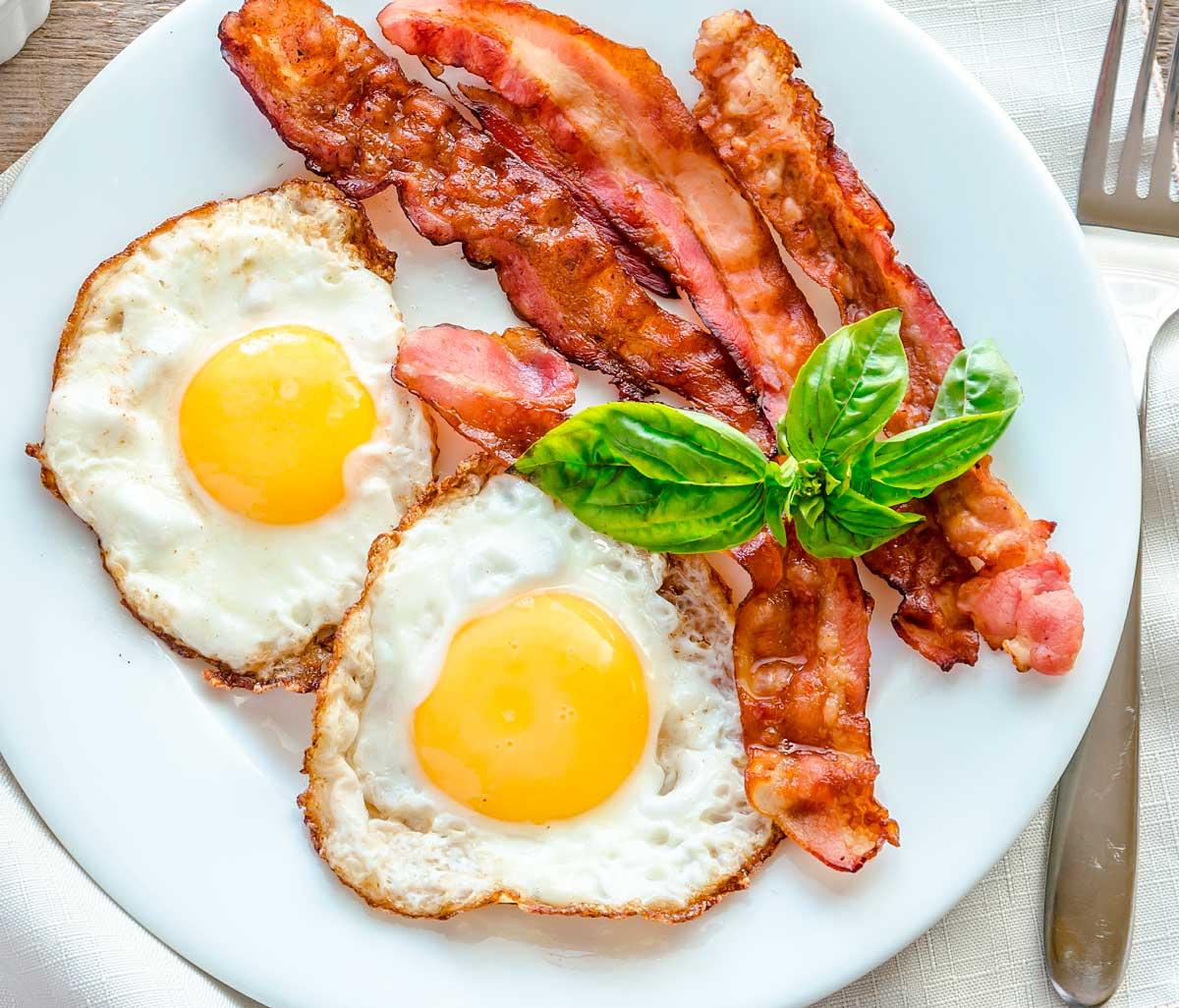Huevo frito (cómo freír un huevo PERFECTO) 1