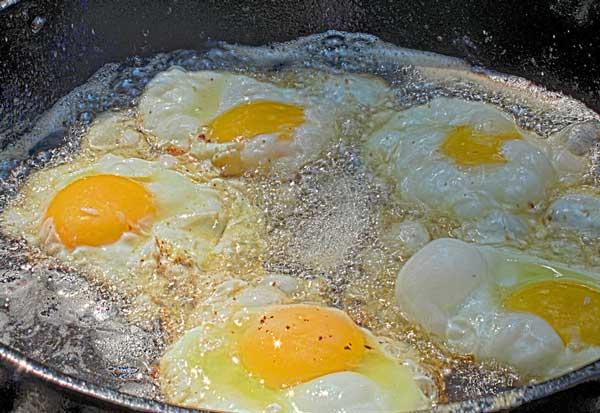 huevos fritos receta