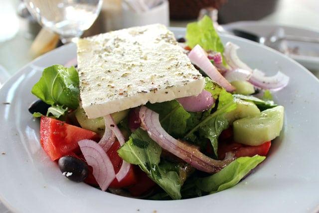 receta ensalada griega queso feta