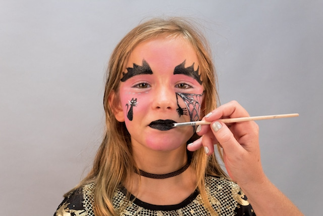 Maquillaje para Halloween: Bruja con Giotto Make Up 9
