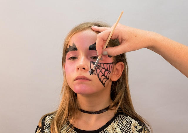 Maquillaje para Halloween: Bruja con Giotto Make Up 5