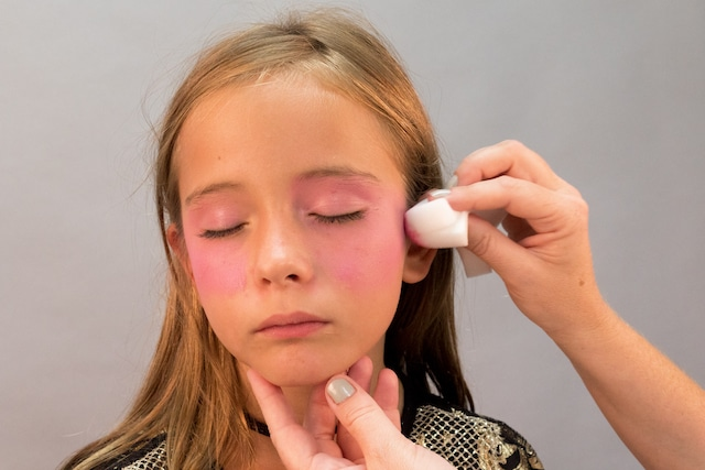 Maquillaje para Halloween: Bruja con Giotto Make Up 1