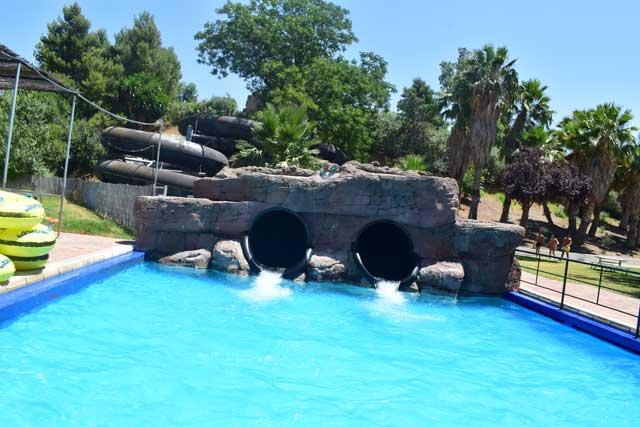 Aquopolis atracciones de agua intensas
