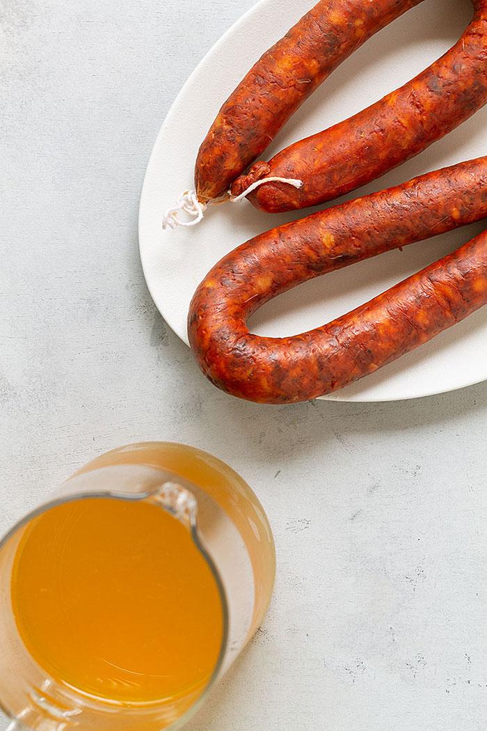 Chorizo a la sidra, receta clásica y FÁCIL 1
