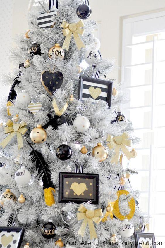 árboles navideños modernos