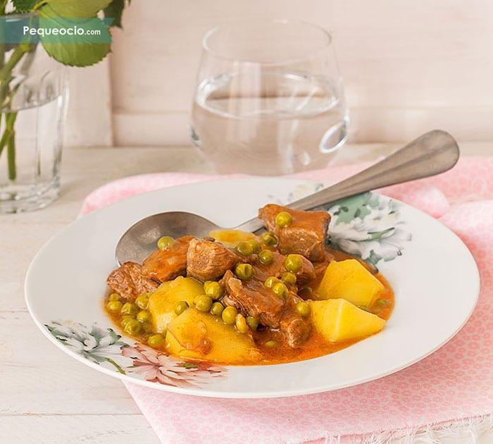 Guiso de ternera con patatas (estofado de carne fácil y rico) 2