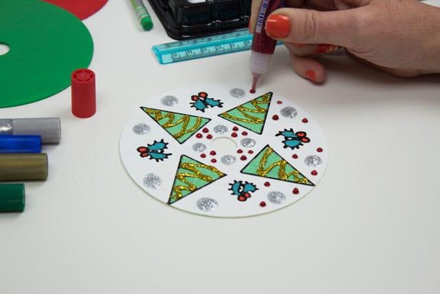 Adornos navideños con CDs 7