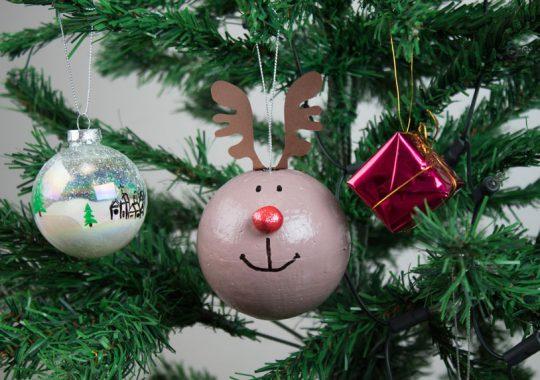 Cómo hacer bolas para el árbol de Navidad 1