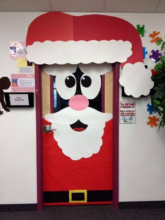 Decorar las puertas para Navidad