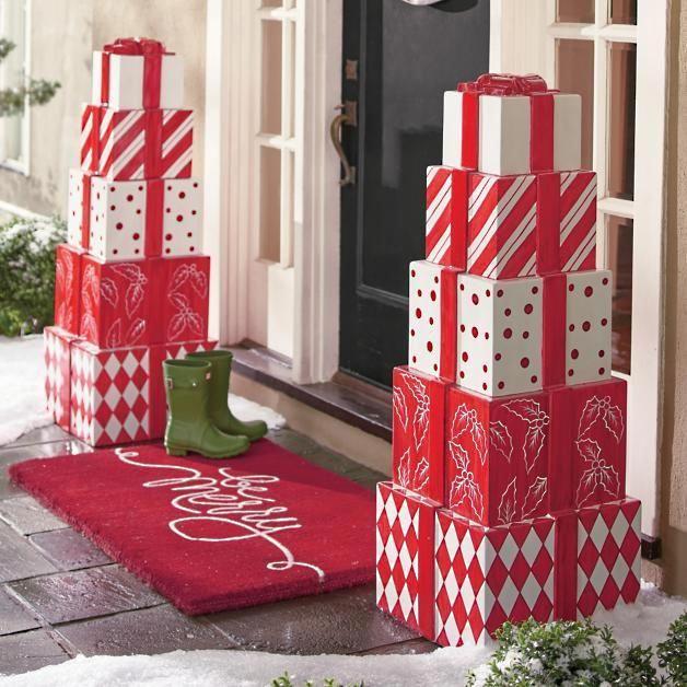 Decorar la puerta para Navidad