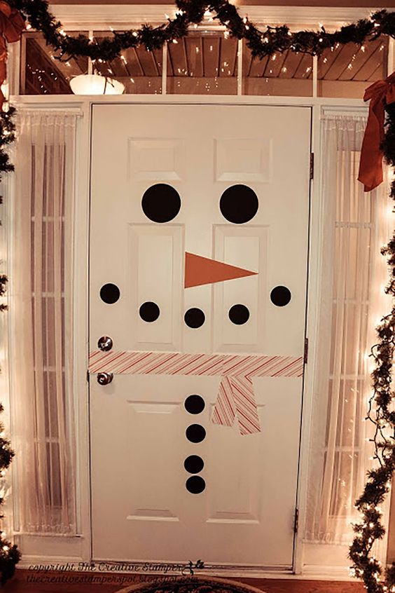 Puertas de Navidad decoradas