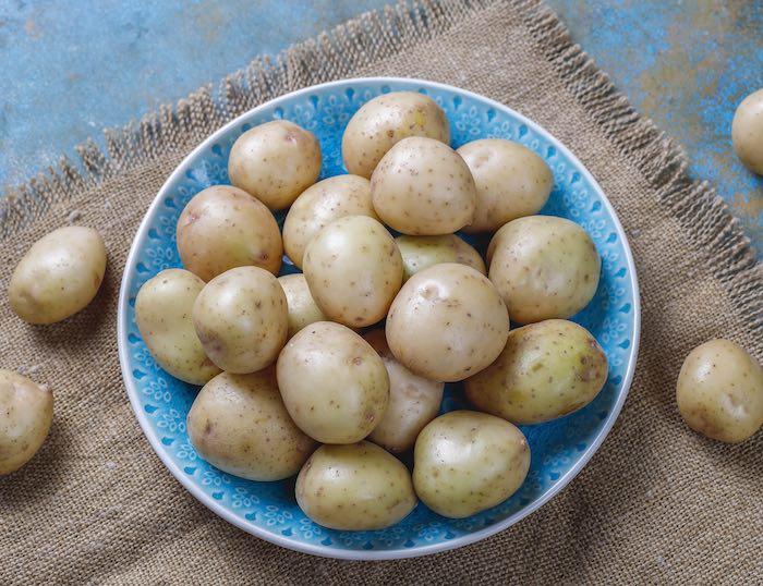 patatas al horno en rodajas