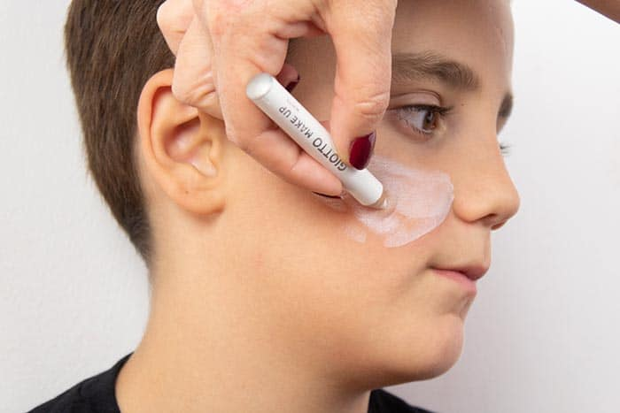 Maquillaje infantil de VAMPIRO con Giotto Make Up 4