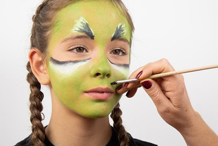 Maquillaje infantil de BRUJA con Giotto Make Up 9
