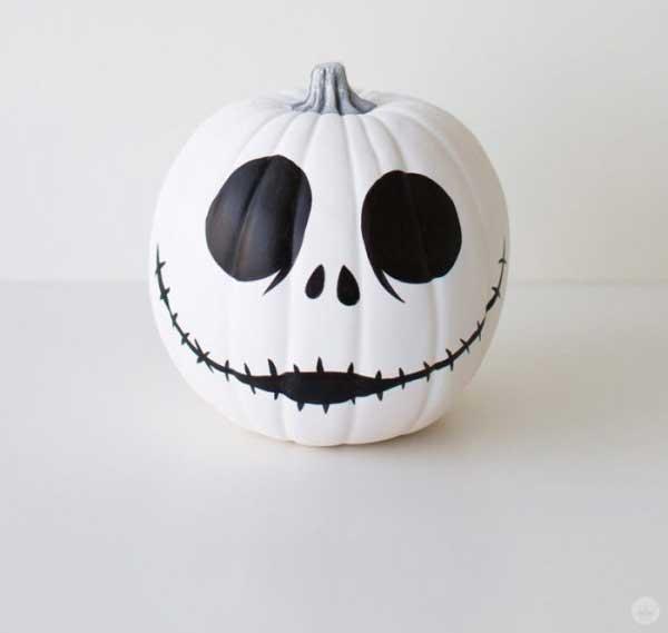 calabaza pintada fácil para Halloween