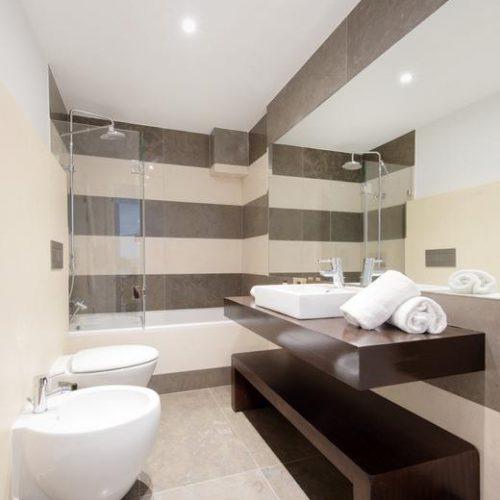 baño hoteles Lisboa para ninos