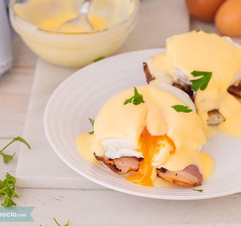 como hacer huevos benedictinos