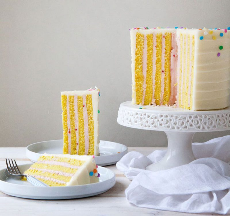 Tarta de cumpleaños relleno vertical
